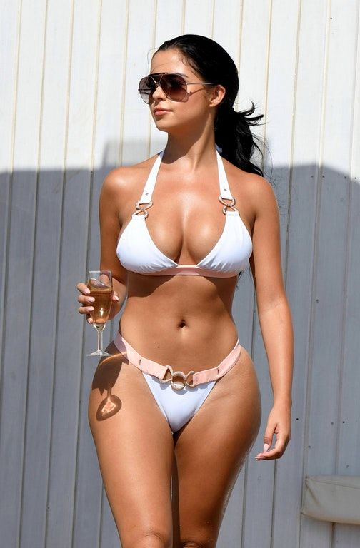 Latina naked blog