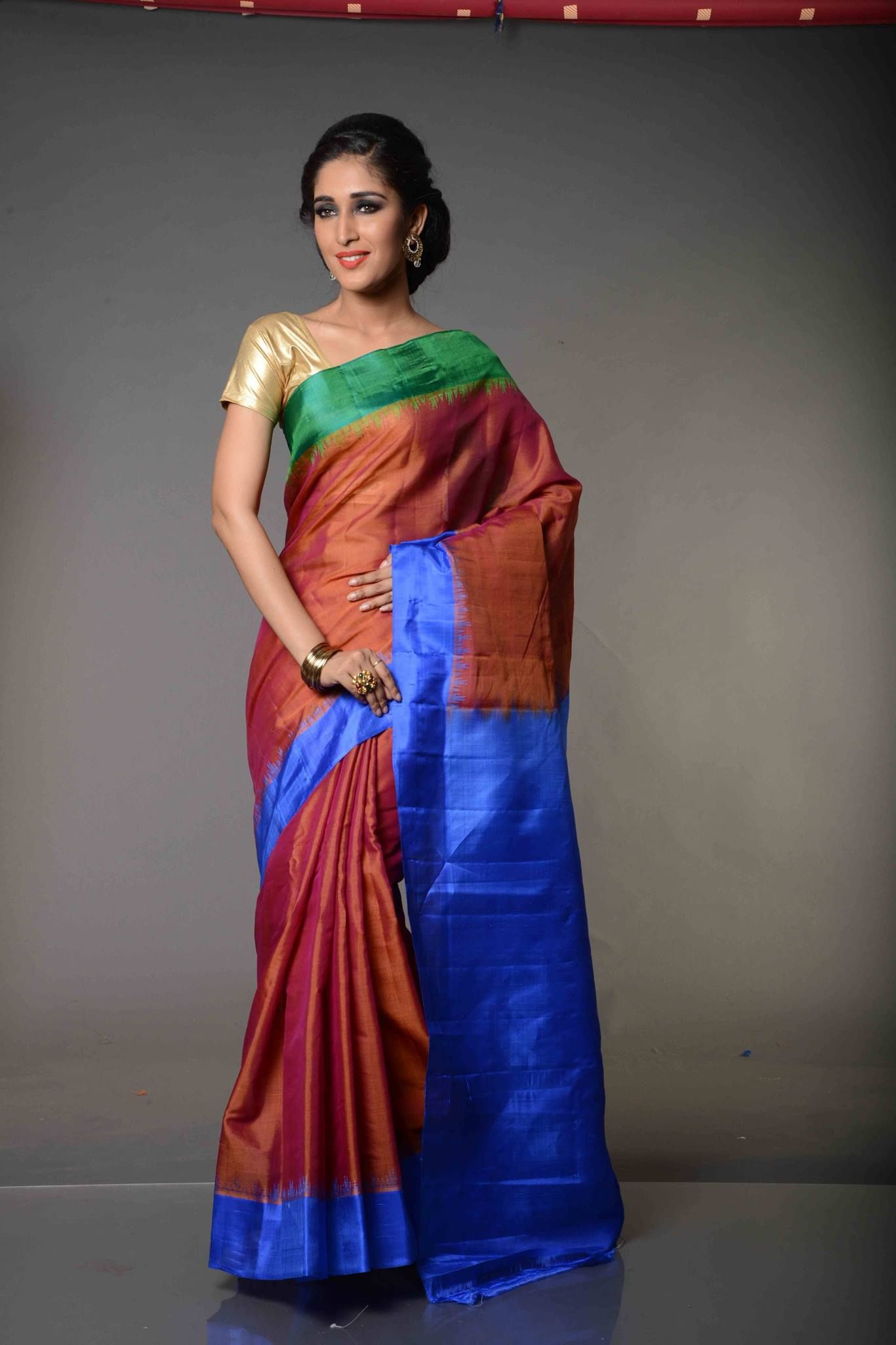 Divya Rustic Tri Color Unadorned Plain Gadwal Silk Cotton Saree Very Unlike The Family Of Sarees Where It Belongs Plainly A Beautiful