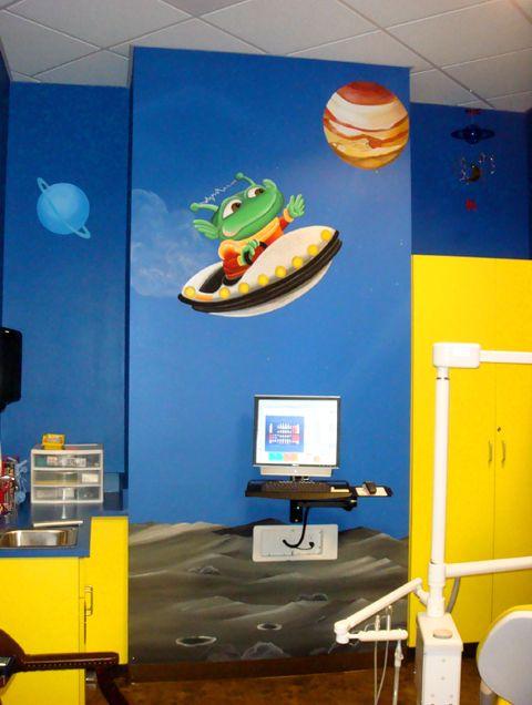 Space room children's dentistry.