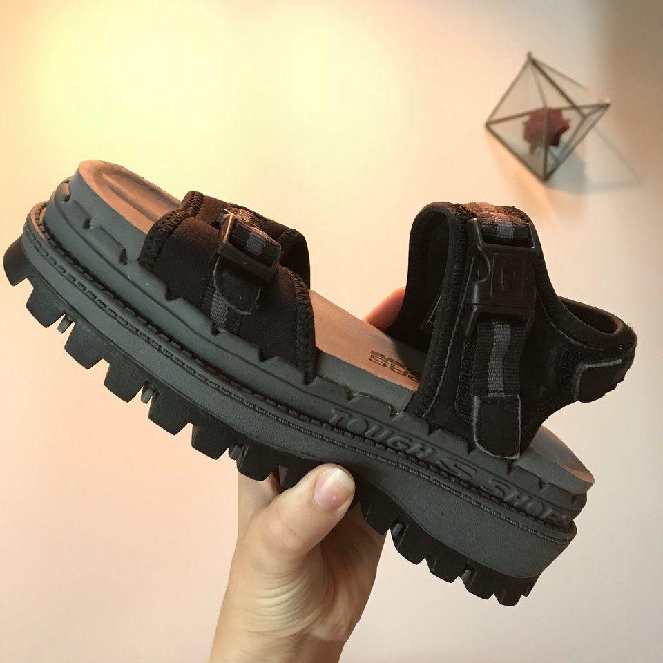 90dabc2e4805 Chunky Vintage Skechers Jammers Sandals Platform cleated U.S - Depop