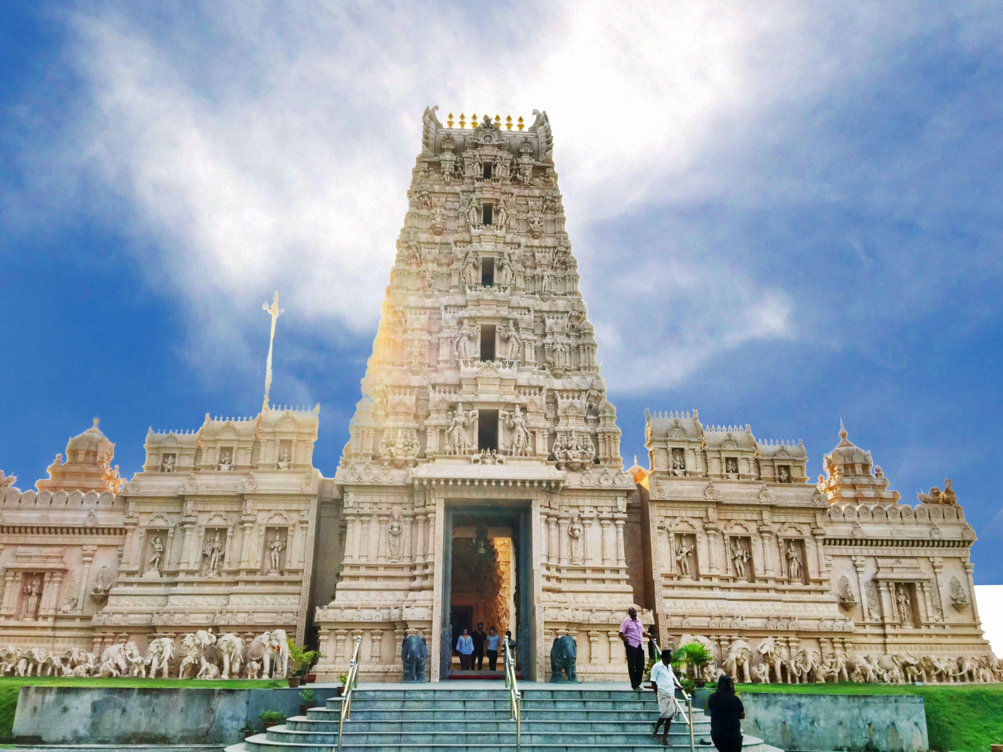 """Now there is a new attraction in Bukit Rotan, a magnificent temple called the Sri Shakti Temple with finely sculpted stone walls and an intricately decorated 5 tier gopuram entrance tower. This must be one of the finest looking Hindu temples in Malaysia and may well become a leading tourist attraction as its fame spreads in years to come."""