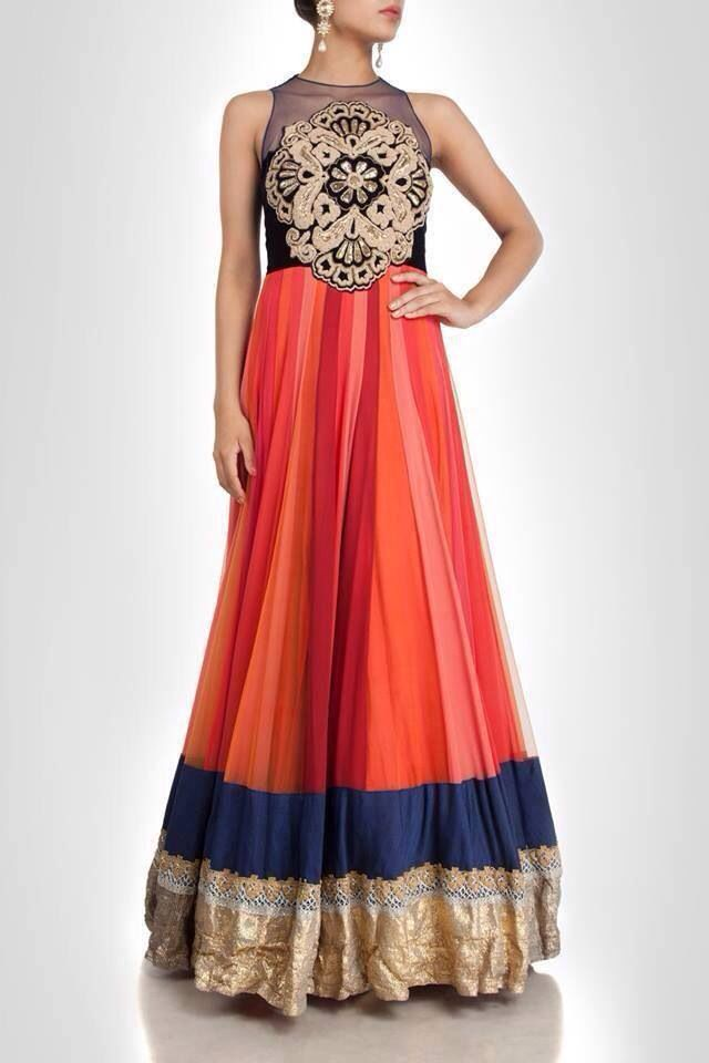 The shape of this anarkali is breathtaking. LOVE the sleeveless bodice.