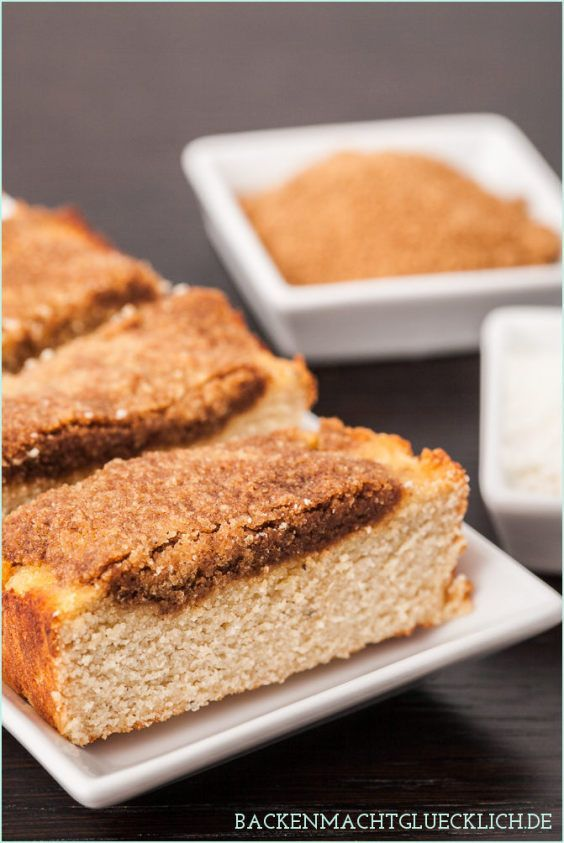 Low Carb Kuchen mit Kokosmehl und Zimtstreuseln