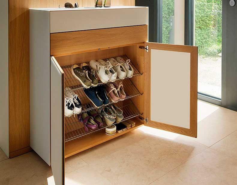 8 formas inteligentes de guardar zapatos consejos de for Mueble guarda zapatos