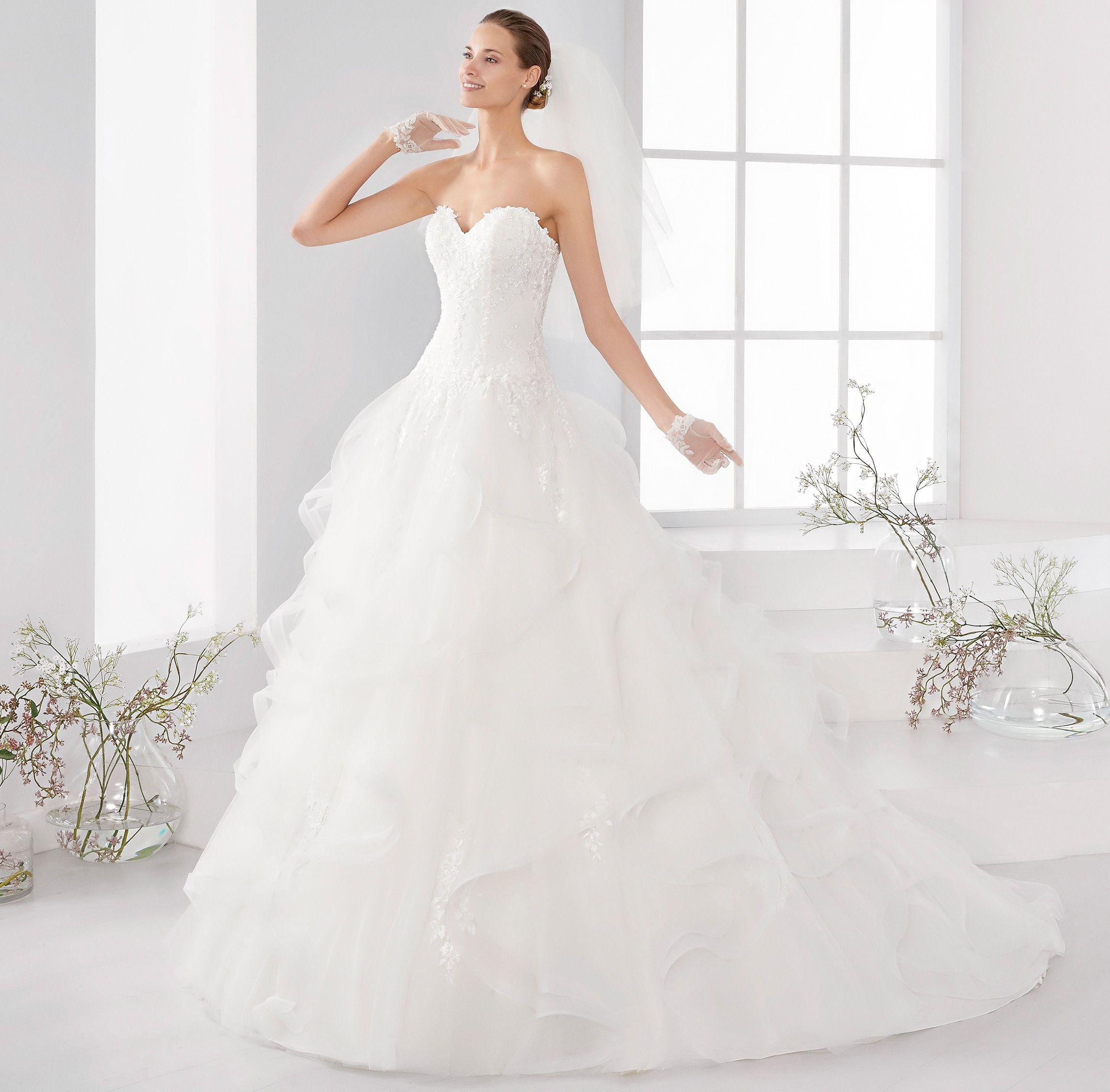 Moda sposa 2018 - Collezione AURORA. AUAB18982. Abito da sposa ...