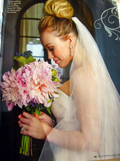 Hilary duffs wedding bouquet and up do weddings hair style hilary duffs wedding bouquet and junglespirit Image collections