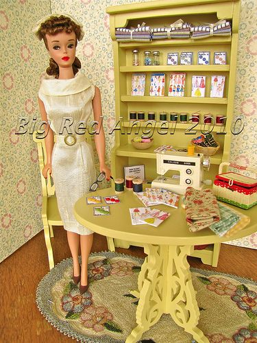 Barbie's sewing room... That girl even quilts!
