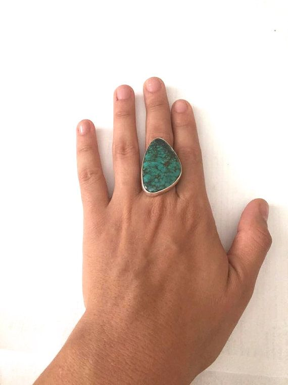 Sterling Silver and Turquoise Ring Size 7 1/2 by HippyHappyShop