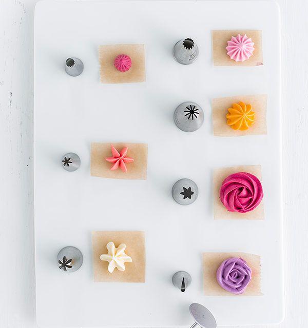 Buttercremeblumen - Schritt für Schritt zum Tortendekor! #apfelrosenmuffins