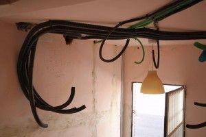 18-4-2013 .Tubos de Color para indicar el tipo de instalación. Instalación #gahecor #gewiss.  #proyectoprei