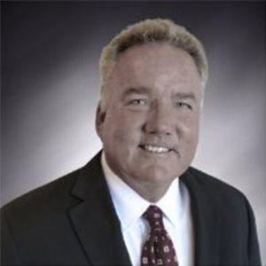 Coast National Bank Has New Senior VP