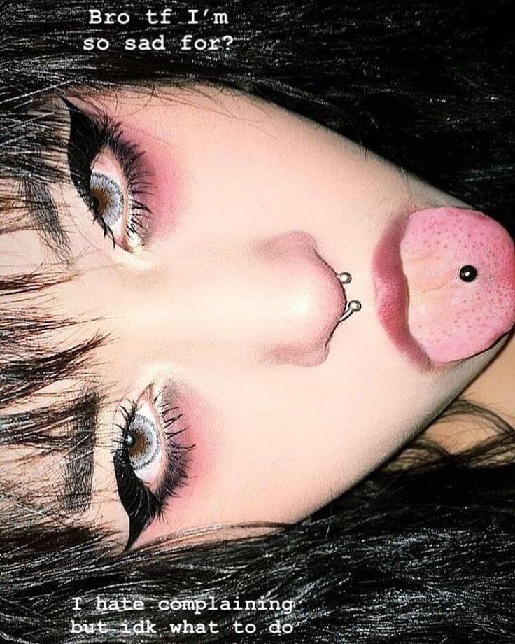 Dark Grunge Aesthetic Makeup