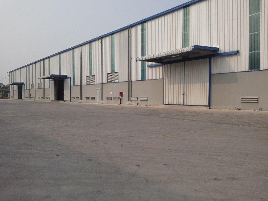 Khu vực: - - - Giá: 70Triệu Diện tích: 1200 m2 Thông tin mô tả:  cho thuê nhà xưởng quận 12 khu vưc phan văn hớn trường trinh xưởng 1200m2 xưởng đẹp cao thoáng pháp lý đầy đủ xưởng hiên đang làm may măc đường xe contono40f ra vào thoải mái mặt tiền đường 20m điện ba pha sản xuất nơi dễ tuyển công nhân xưởng phù hợp cho may mặc dầy gia vvv giá cho thuê 70tr/th chi tiết liên hệ mr thành 0916068289 chuyên cho thuê nhà xưởng quận 12  hình ảnh chỉ mang tính chât minh họa