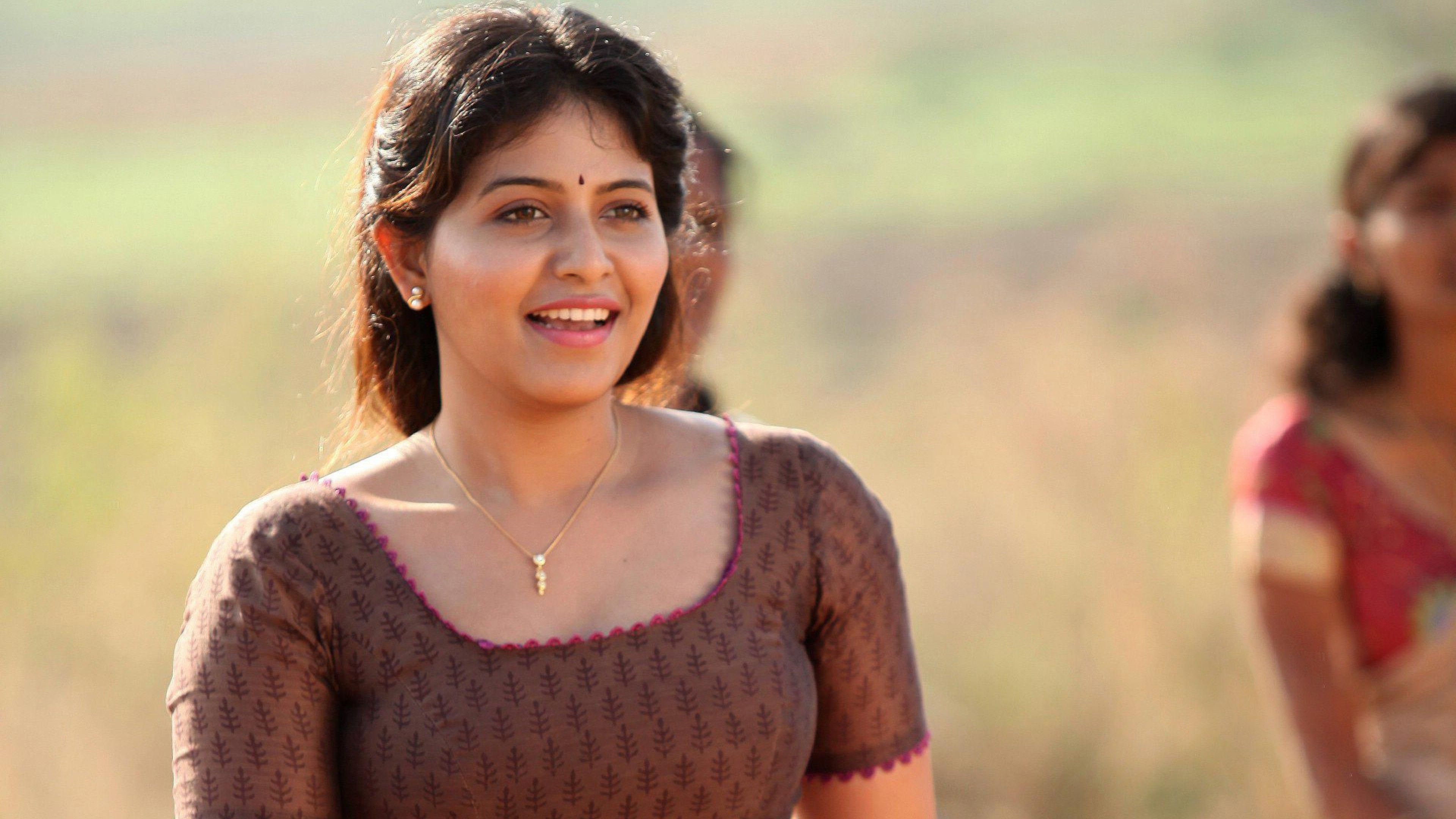 Anjali Tamil Actress Hd 4k Ultra Hd Wallpaper Hd 1080p Wallpaper Actresses Tamil Actress Indian Actresses