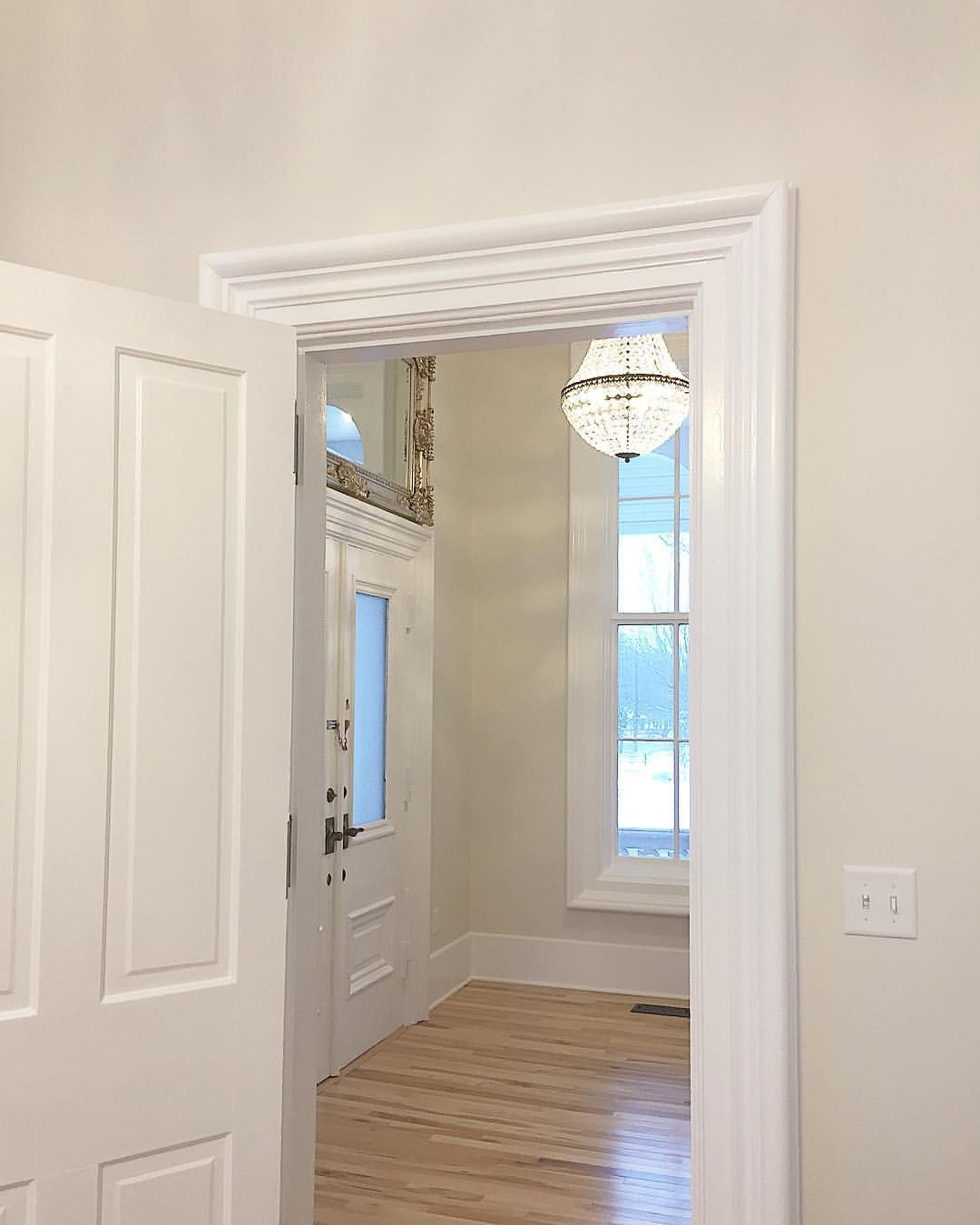 large old trim and casing painted sherwin williams extra white with sherwin williams pearly. Black Bedroom Furniture Sets. Home Design Ideas