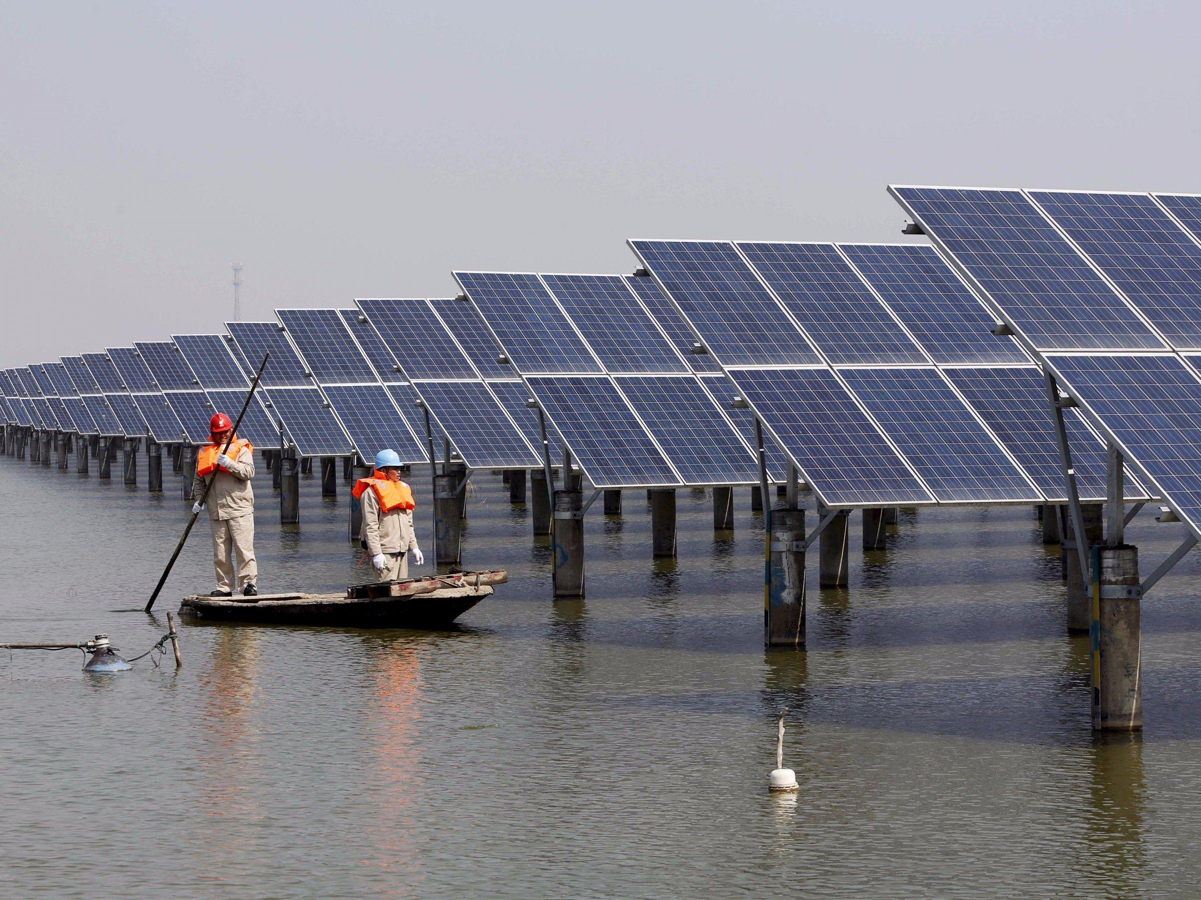 China Completed The World S Biggest Floating Solar Energy Farm Business Insider Solar Solar Panels Solar Energy