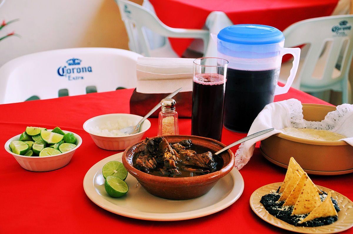 Consome Rojo de Borrego Estilo Veracruz  http://diazalex65.wordpress.com/