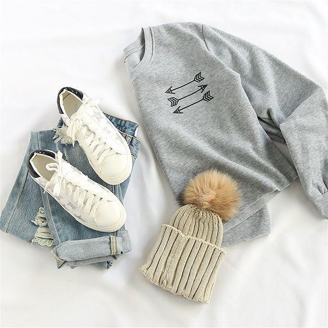 Vacay style inspiration. Shop link in bio. (SKU: sweatshirt160915304 US$13.99 ) Loving this #Style #outfit #ootd #fashion #babe