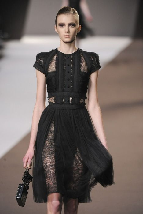 41854dbca0f Elie Saab. black lace cocktail dress Black Lace Dresses