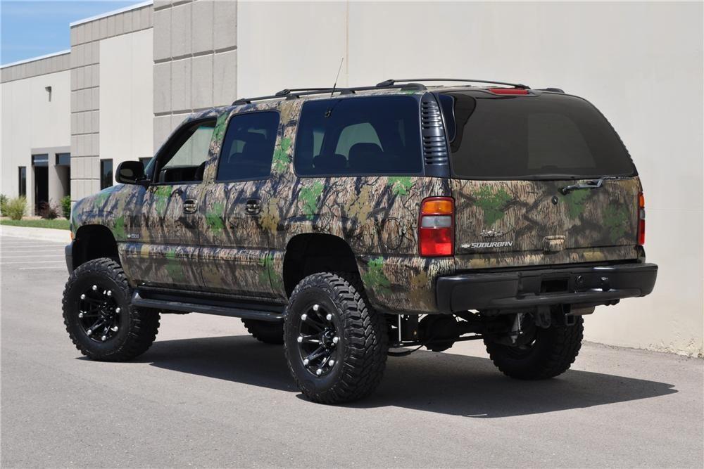 Lifted Camo Suburban 2000 Chevrolet Suburban Lot 334 2
