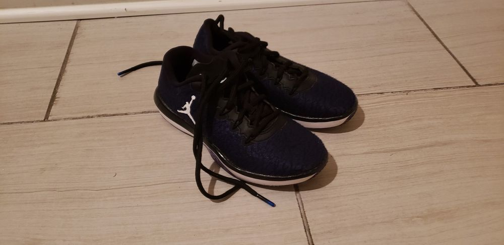 new styles 6c163 7974b Kids Jordans Shoes Size 4 Great Condition  fashion  clothing  shoes   accessories