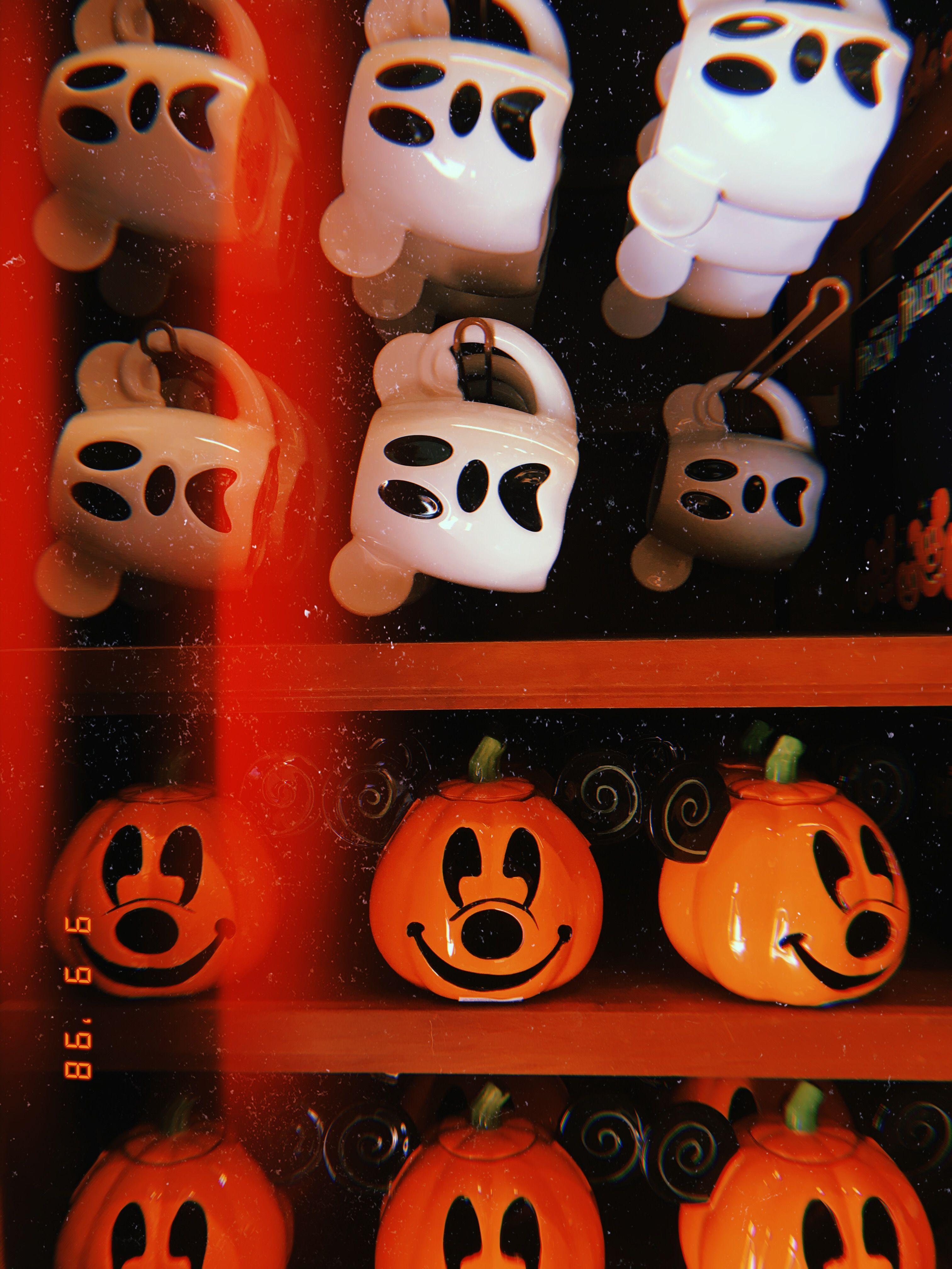 Disney In The Fall Fall In 2019 Fall Halloween
