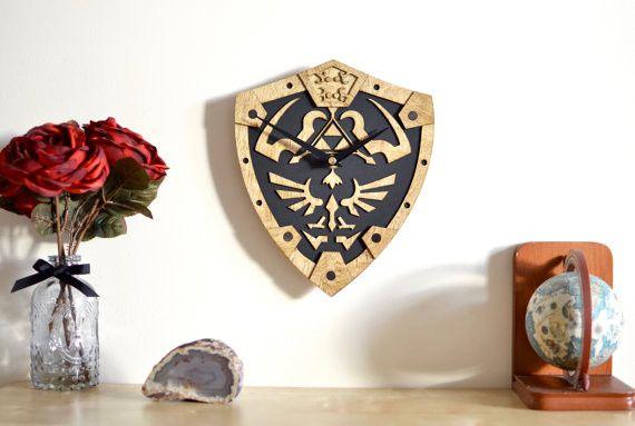 The Legend of Zelda - Hylian Shield - Wall Clock