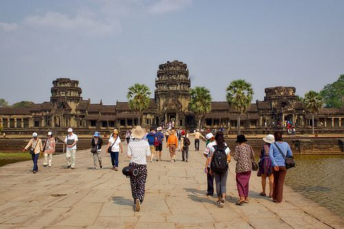 nice West entrance to Angkor Wat near Siem Reap, Cambodia