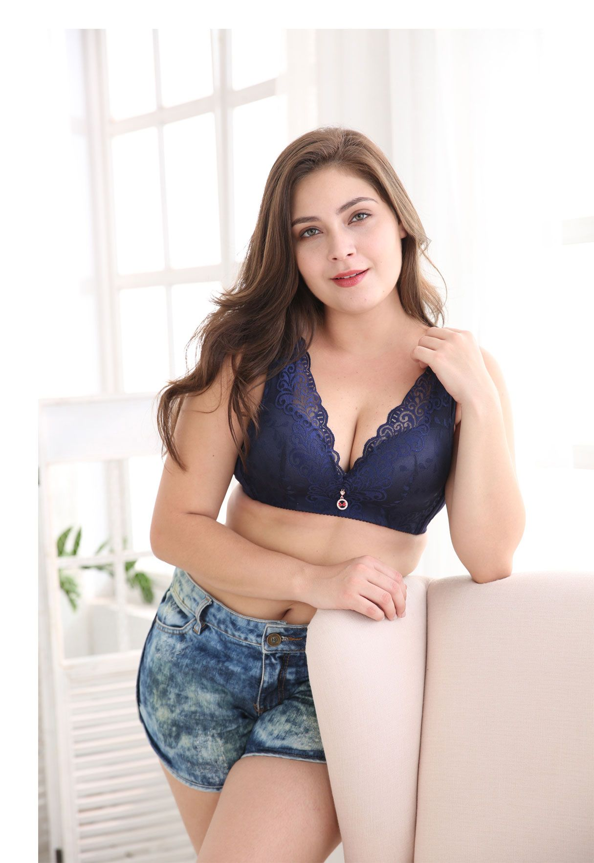 a01b7049e50 FallSweet Plus Size Lace Bra C Cup Wide Back Push Up Brassiere For Women