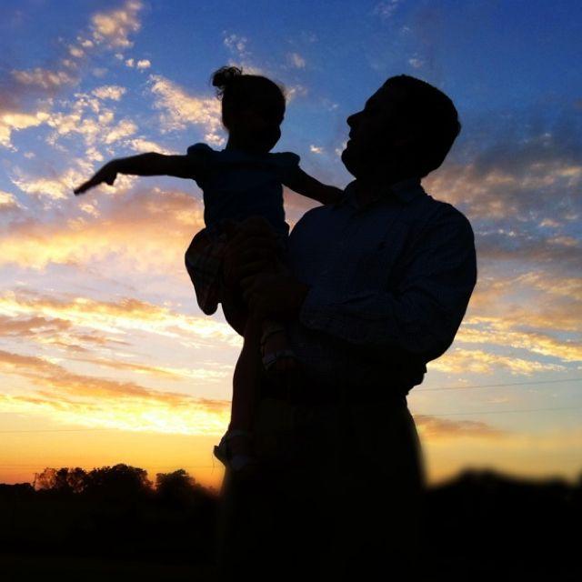 Картинка папа с дочкой спиной, днем рождения