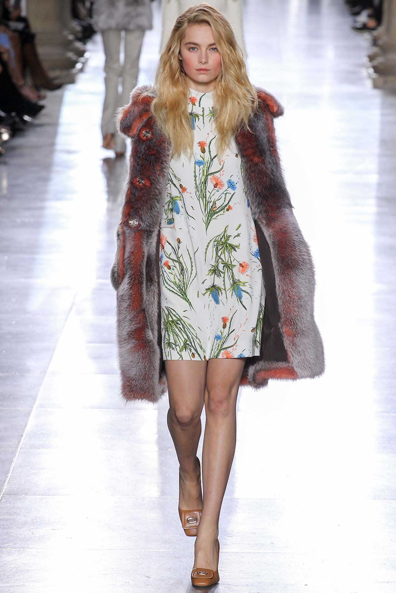 Topshop Unique Fall 2015 Ready-to-Wear - Collection - Gallery - Style.com
