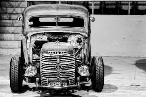 You gotta love the look that Rat Rods have...