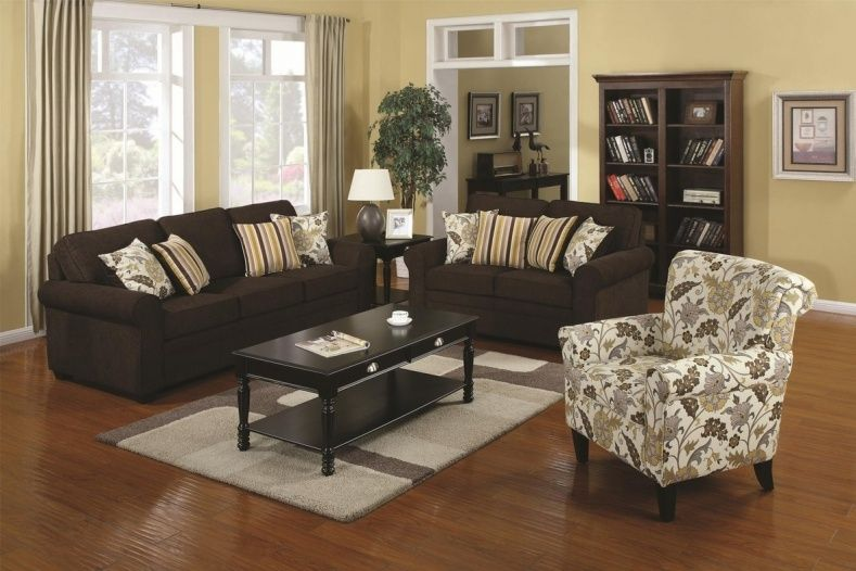 Accent Chairs To Go With Brown Leather Sofa Replacement Mattress For Bed Reviews Living Room Decorating
