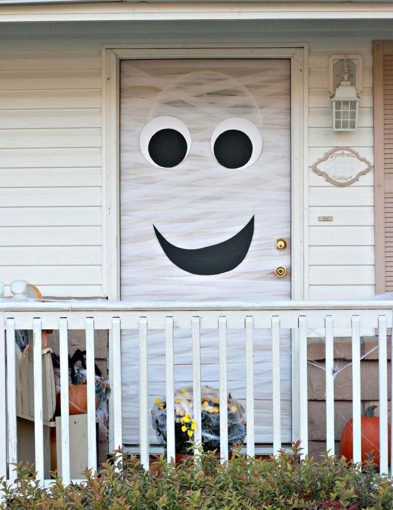mit Müllbinden umwickelte Haustür Herbst Pinterest - Halloween Door Decorations Ideas