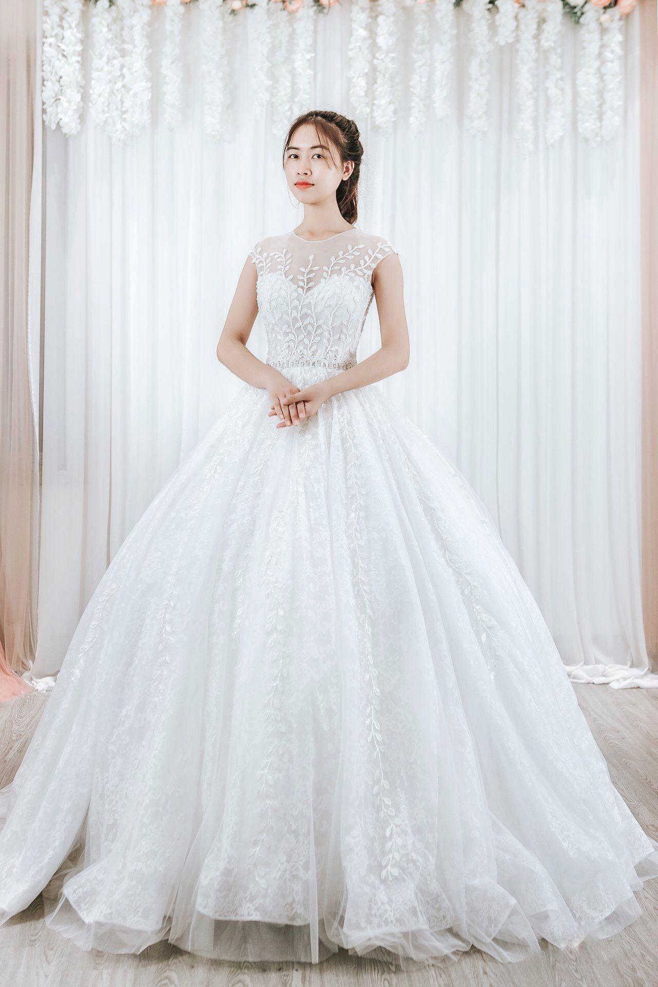Cap Sleeve Aline Wedding Dress Floral Lace Princess Bridal Gown Vintage Wedding Dress Wedding Dresses Custom Wedding Dress Bridal Gowns Vintage [ 1920 x 1280 Pixel ]