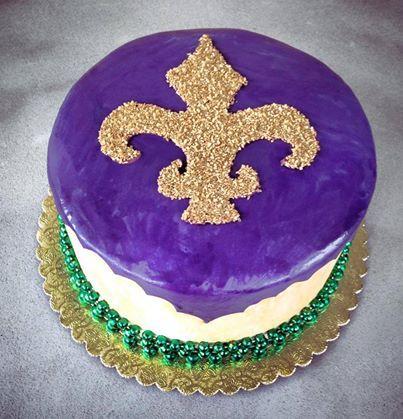 Mardi Gras cake! edible glitter #sweetsweetjules