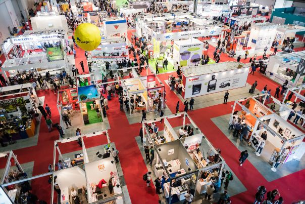 Enlighten yourself with these important facts about trade shows that will make you prosper at your next trade show experience.