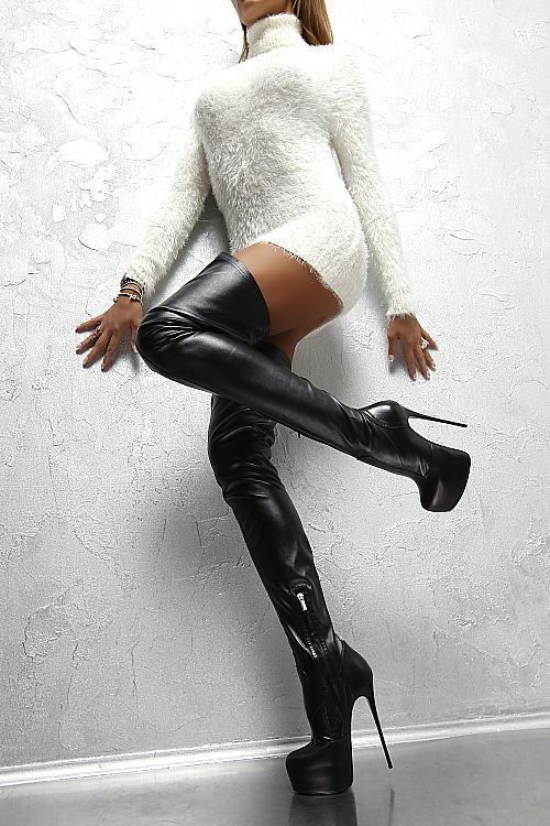 Sexy boots and ass
