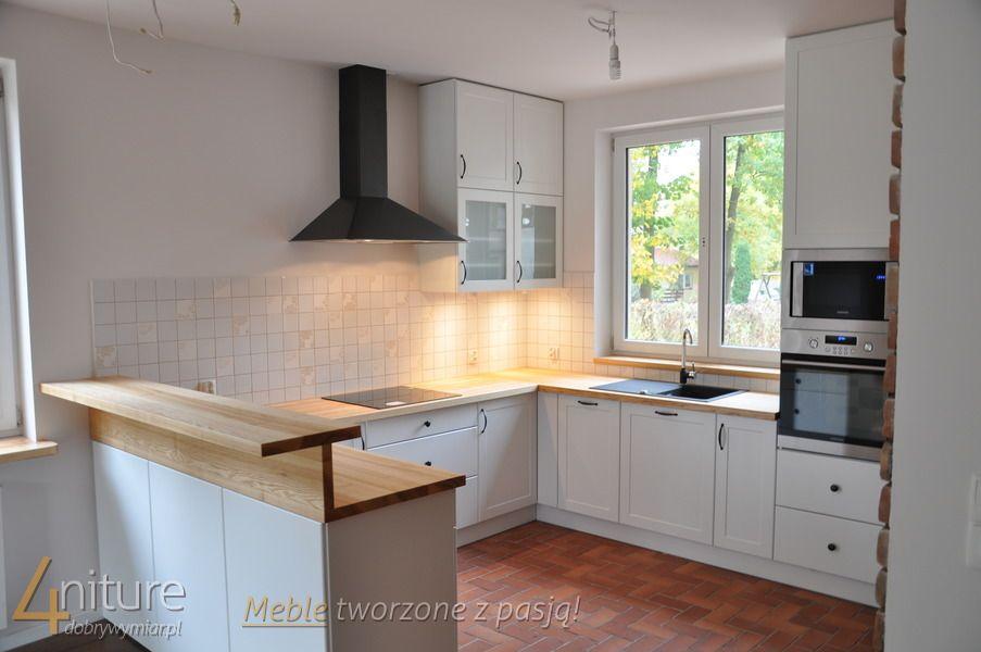 Kuchnia Białe Fronty Drewniany Blat Szukaj W Google