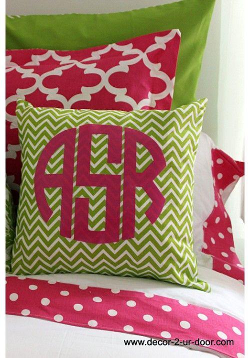 Design Your Own Dorm Room: Design Ur Sheet Set Www.decor-2-ur-door.com Monogrammed