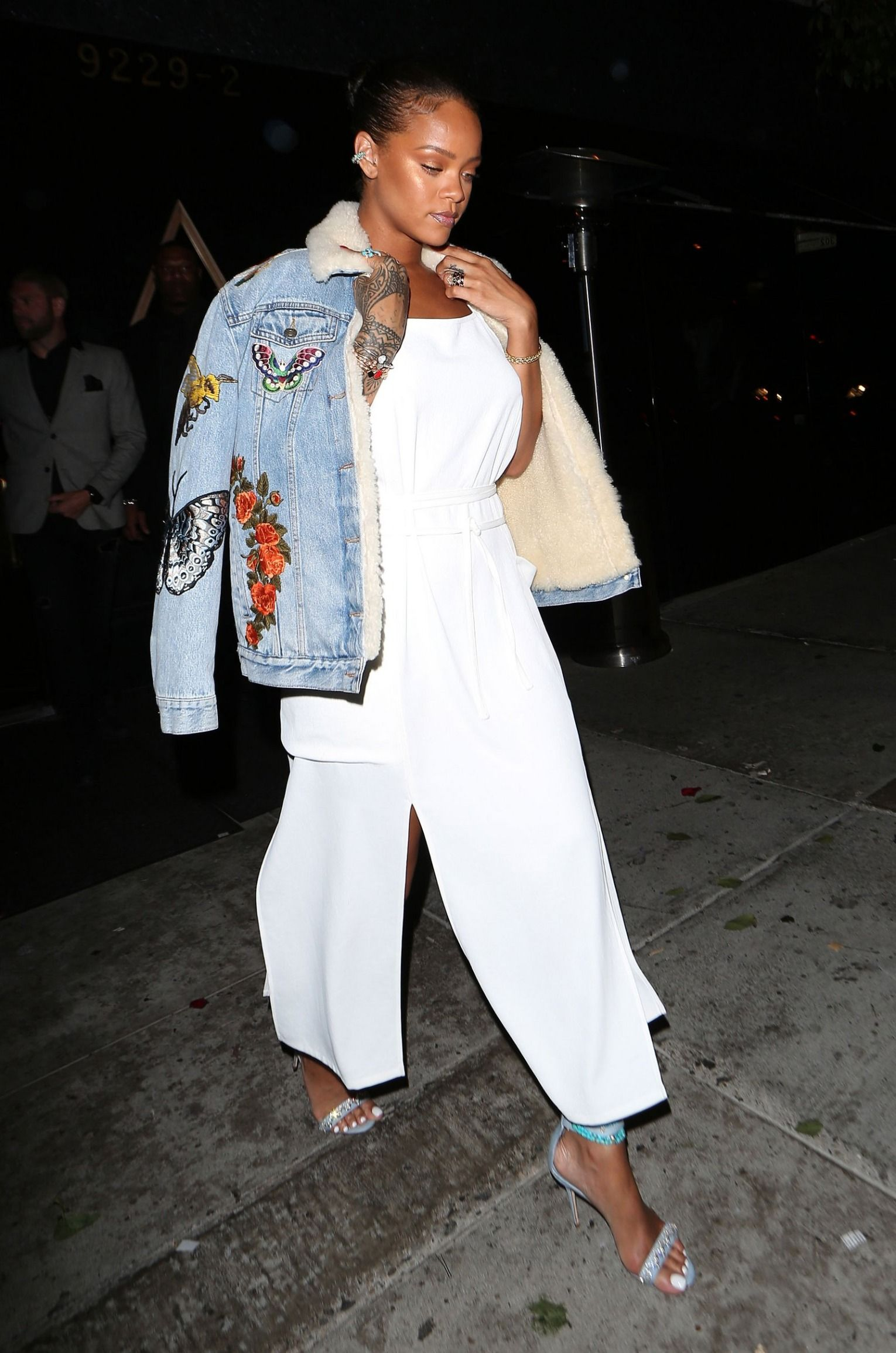 b75966db6d39 Rihanna s Statement-Making Denim Jacket Just Upped the Street Style ...