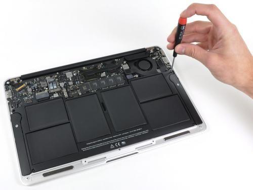 Teardown Of Apple S 11 6 Inch Macbook Air 2010 Recondition Batteries Dead Battery Dead Car Battery