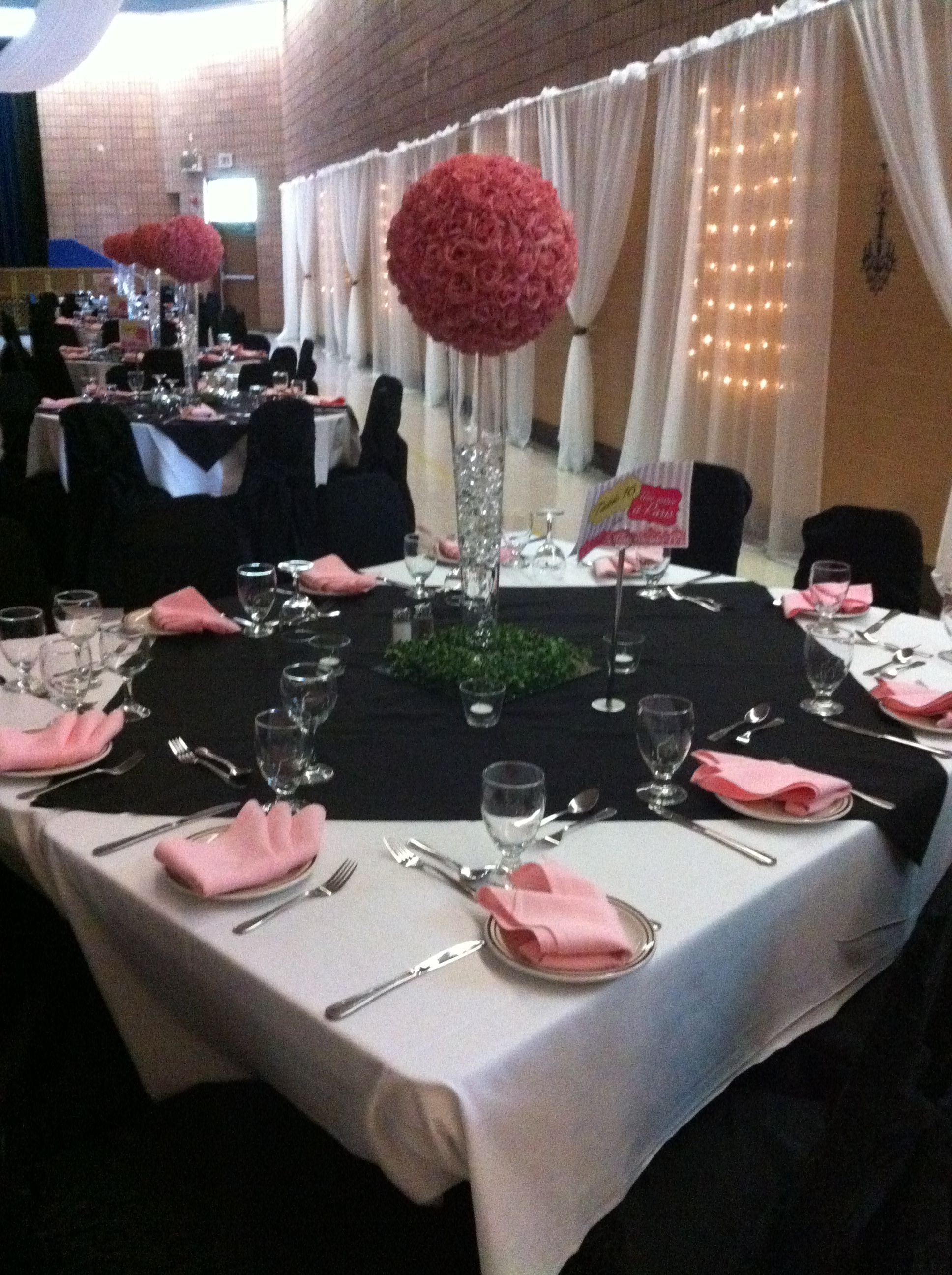 Paris Theme Black White And Pink Table Arrangement Chair Covers Flower