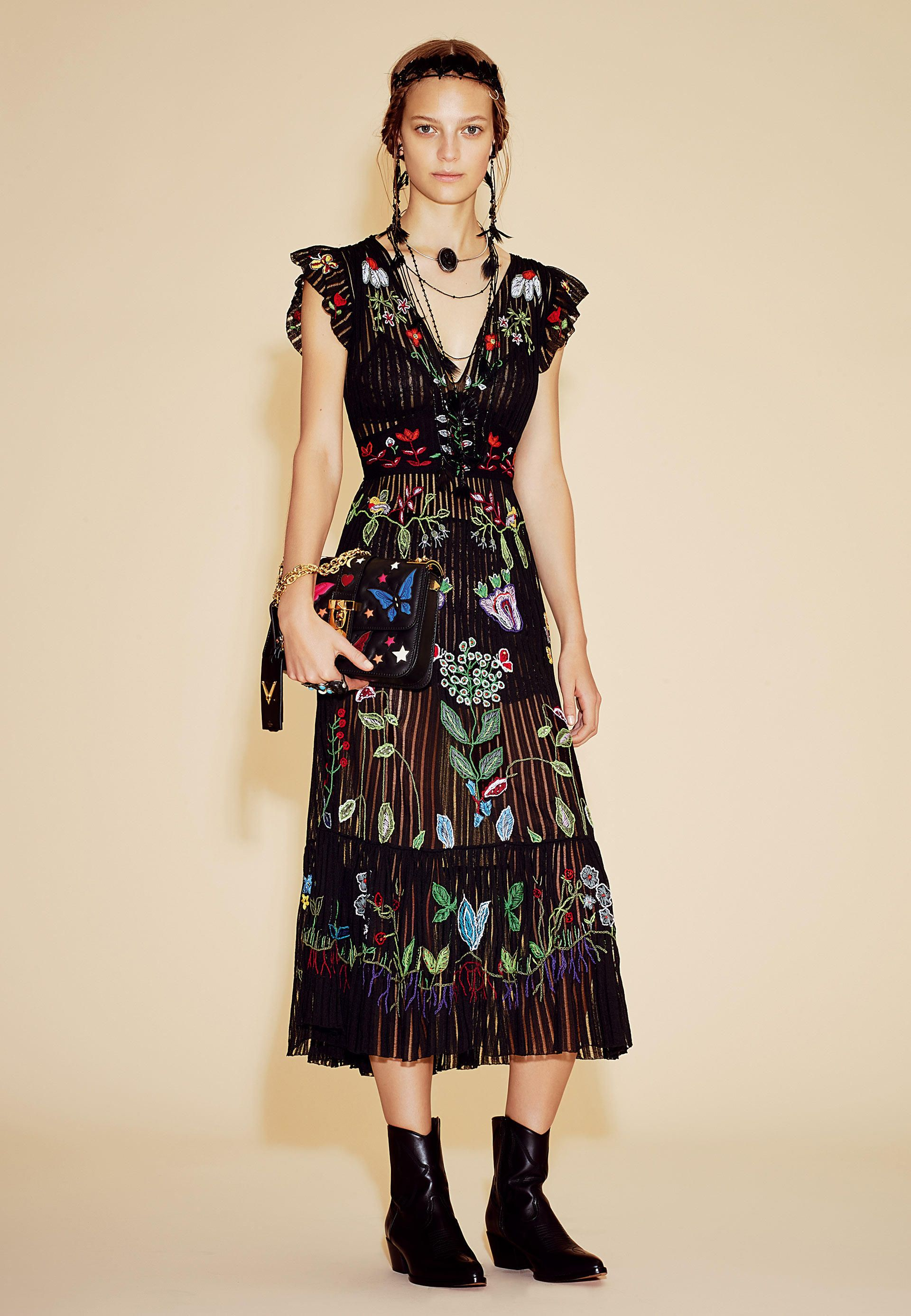 a1e45c11ec98 Valentino Official Website - Discover the Valentino Women Collection ...
