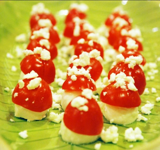 Woodland Party Tomato/Mozzarella Mushrooms