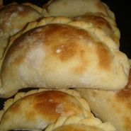 Masa para tapas de empanadas, igual derrite manteca en agua facil facil y cantidades tambien igual *** 6/12/12 NICE!!!!!