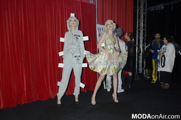 비글미 넘치는 컬렉션 봤어? - modaonair   Vingle   Fashion Design, Fashion for Women