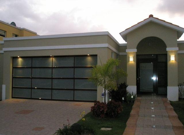 Puertas de garaje puerto rico garage doors puertas de - Puertas para casa ...