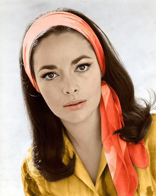 Karin Dor Topaz 70s Hair And Makeup 70s Hair Retro Hairstyles
