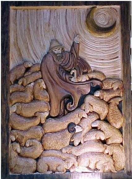 Bas relief polychrome en arolle, réplique de la sculpture d'un artiste Valdotain. Réalisé par Laurent MARTIN www.lebancfustier.fr